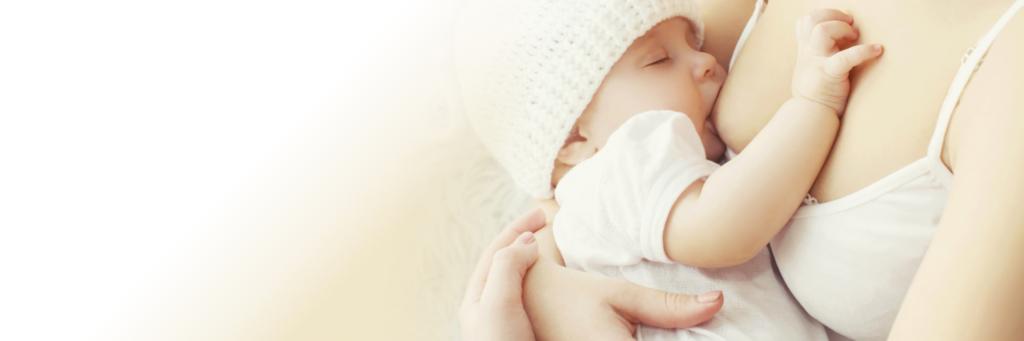 Specjalistyczna opieka na oddziale położniczym po porodzie, mama w połogu, pielęgnacja noworodka, nauka karmienia piersią